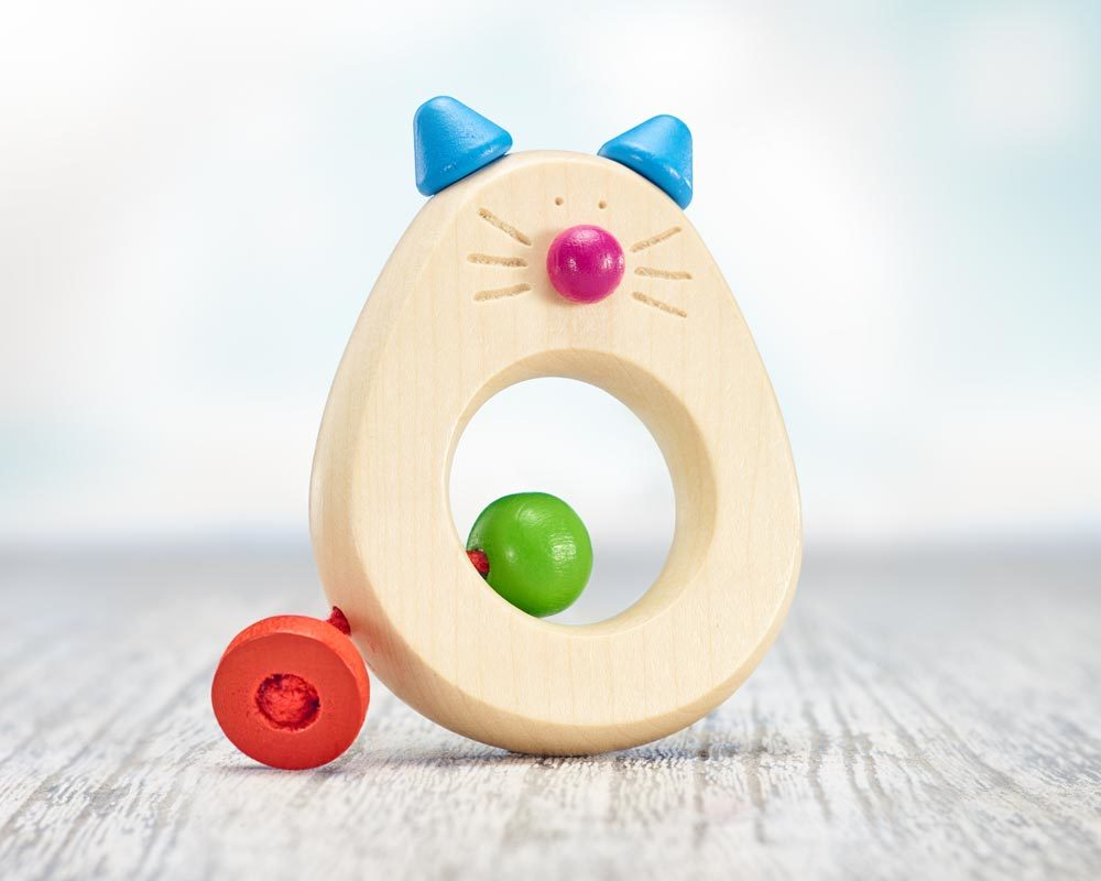 wooden grabbing toy teething ring cat