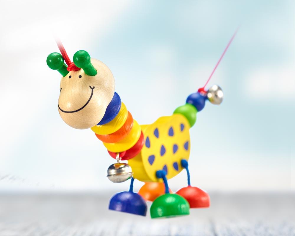 wooden pram chain comic giraffe
