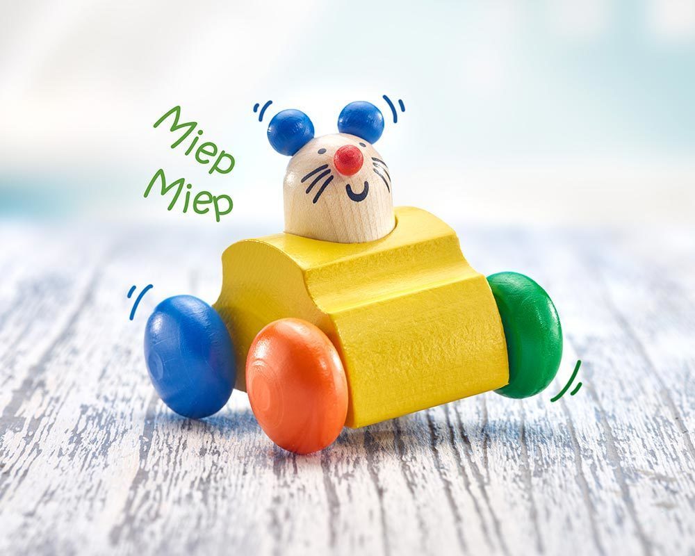 wooden roller grabbing toy mouse horn