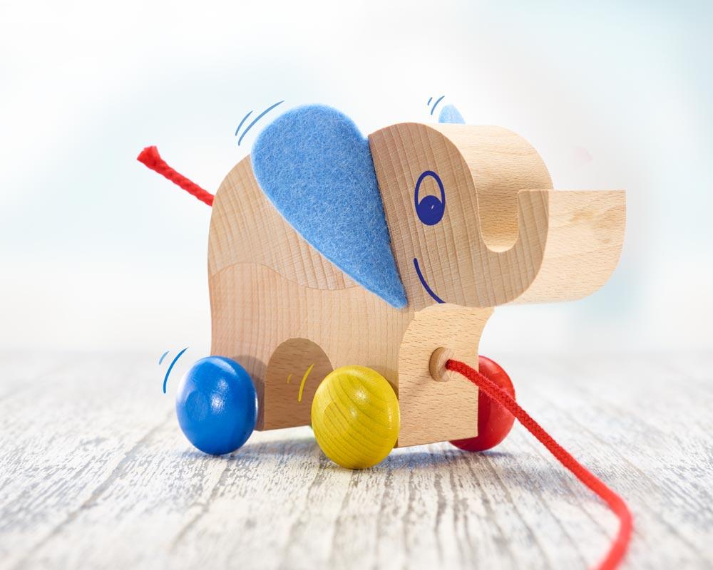 wooden pull along animal elephant yambo