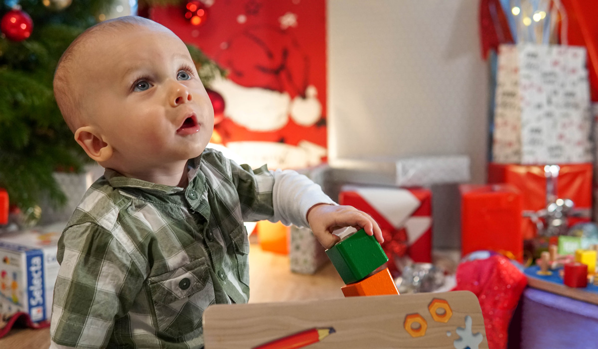 present young child advice: What does the perfect present for a young child look like?
